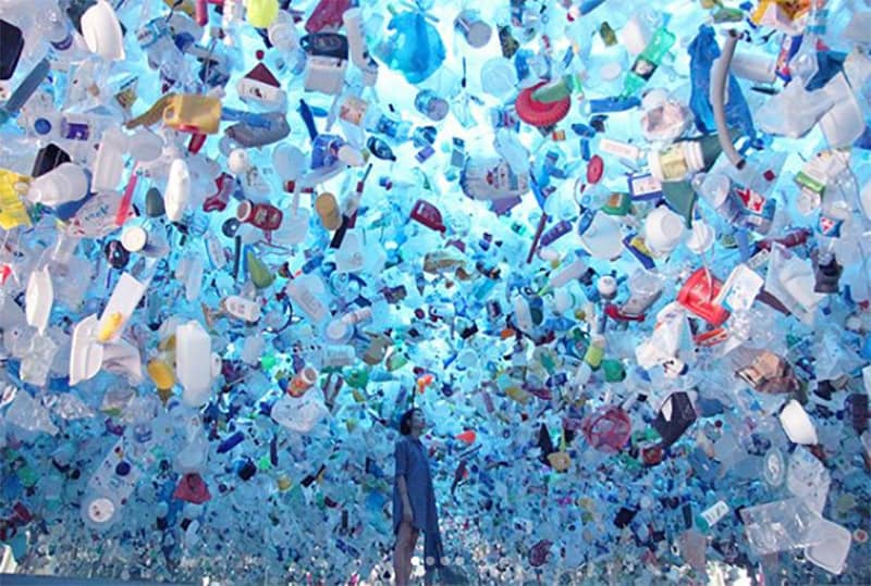 New-Art-Installation-Shows-Haunting-Reality-of-Ocean-Plastic-Pollution-